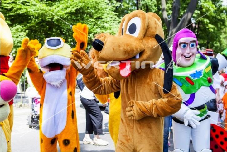 WERTINI Żywe maskotki do wynajęcia, Chester, Pluto