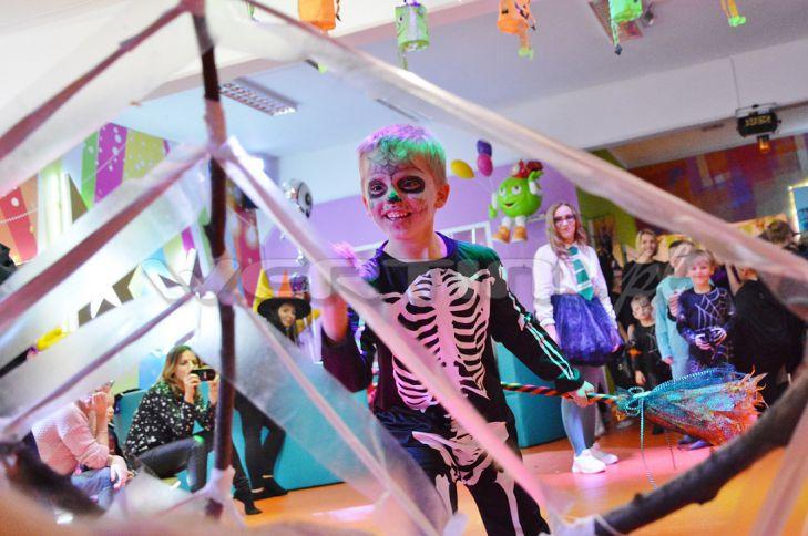 WERTINI Imprezka halloweenowa dla dzieci