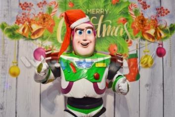 Buzz Astral, świąteczne żywe maskotki do wynajęcia