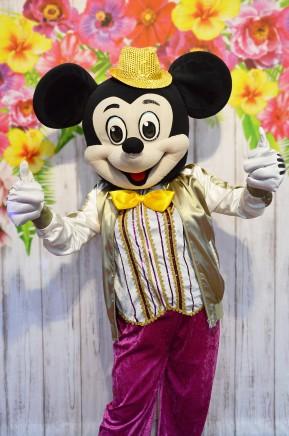 Myszka Miki, chodząca postać bajkowa
