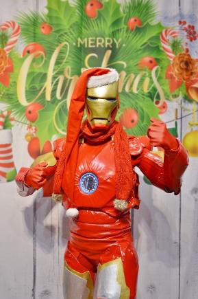 Ironman, wielkie żywe maskotki do wynajęcia na imprezy