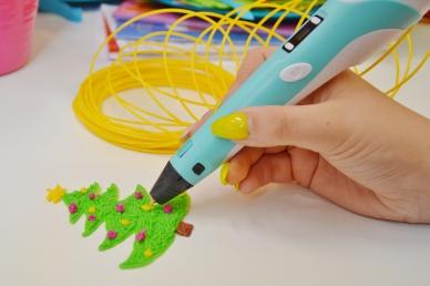 Mikołajkowe warsztaty rysowania długopisami 3D