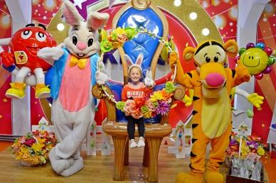 Wielkanocna animacja zabaw z żywymi maskotkami