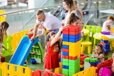Zajączkowy plac zabaw dla dzieci